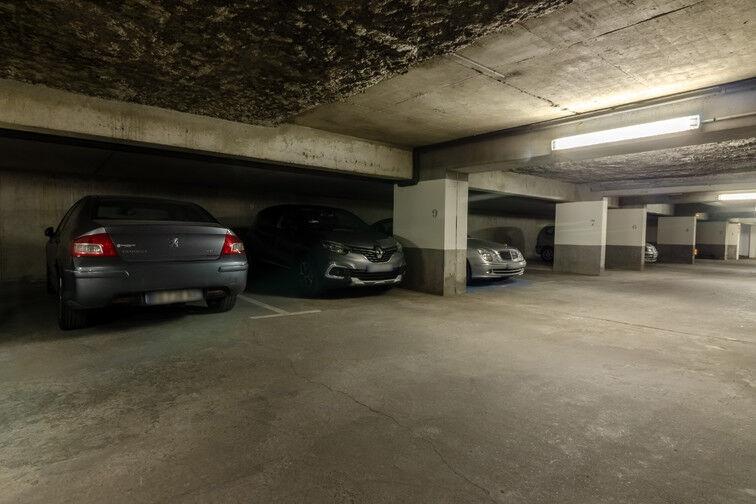 Parking Rue des Métiers - Lille Fives box