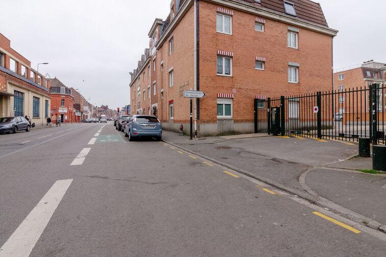 Parking Rue des Métiers - Lille Fives souterrain