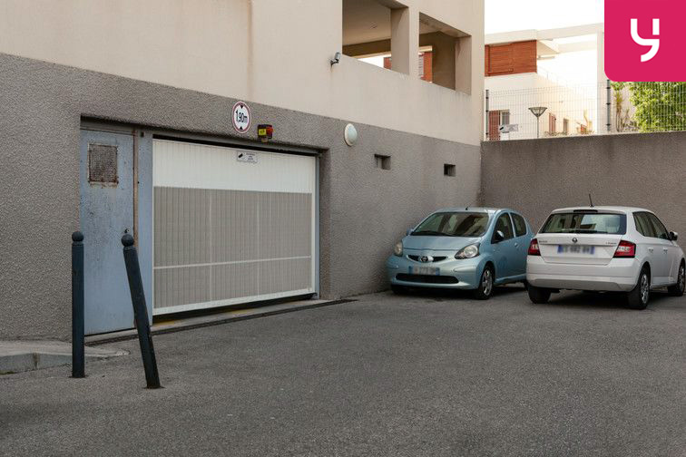 Parking Marseille 8 - Bonneveine (place double) à louer