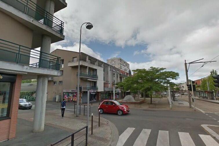 Parking Université - Esplanade - Orléans (box aérien) caméra