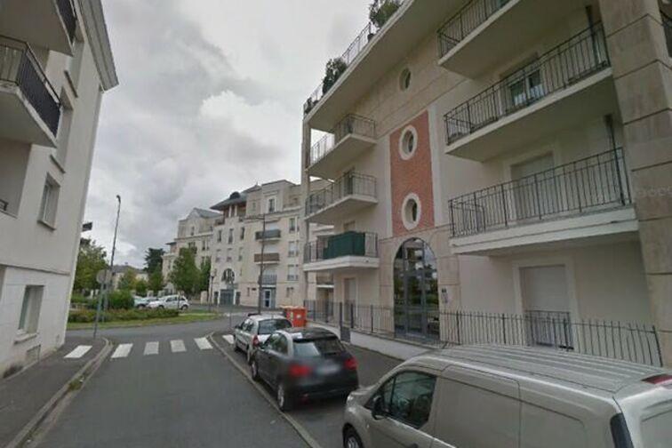location parking Jardin des Plantes - Toue - Orléans (box)