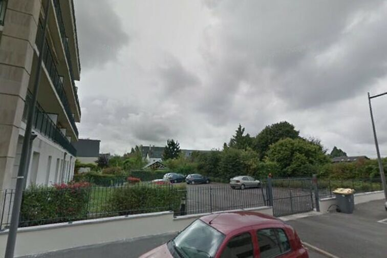 Parking Jardin des Plantes - Toue - Orléans (box) 5 rue de la Toue