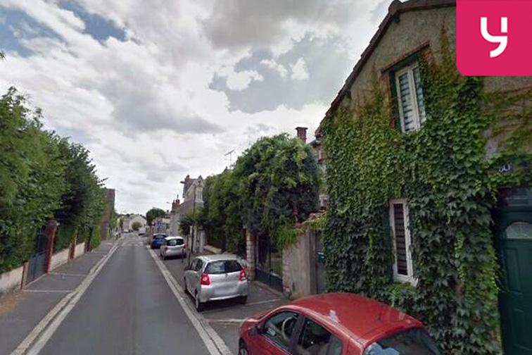 Parking Parc de la Pommes de Pin - Ligneaux - Orléans (box aérien) sécurisé