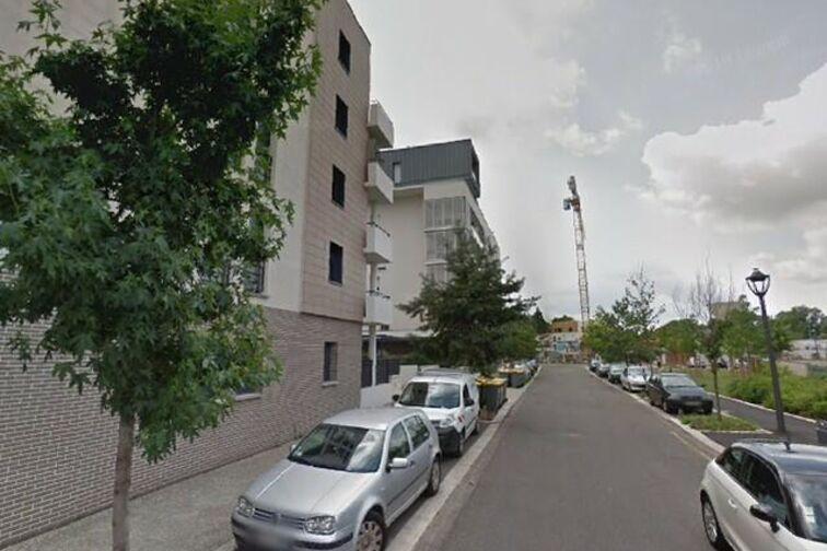 Parking Place d'Armes - Henri Duvillard - Orléans (box) avis