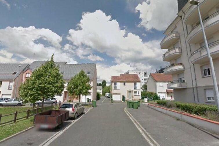 location parking Jardin des Plantes - François Margottin - Orléans (aérien)
