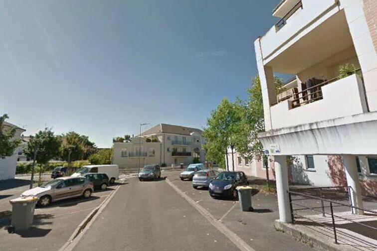 location parking Jardin des Plantes - 6 Marine de Loire - Orléans (aérien)