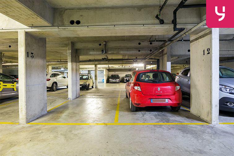 Parking Servan - Paris (place moto) location