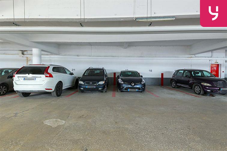 Parking Pierre Brossolette - Montrouge (place moto) pas cher