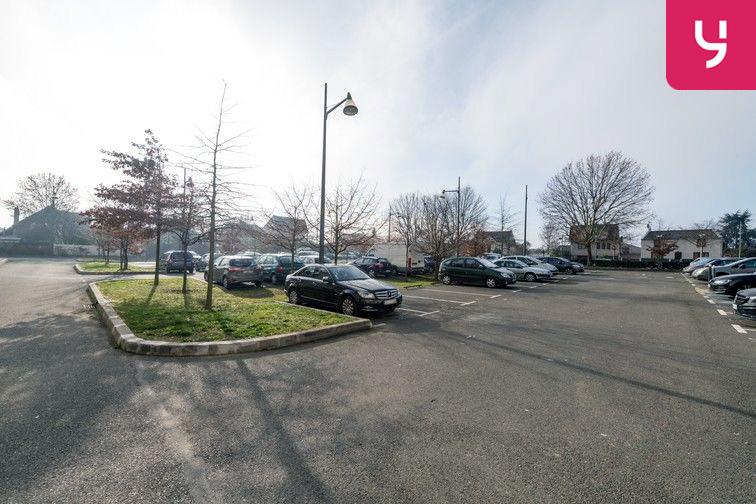 Parking Docteur Albert Calmette - Le Blanc-Mesnil - (places PMR) garage