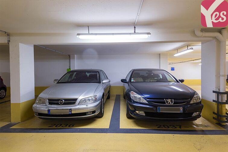 Parking Place Victor Hugo - Courbevoie gardien