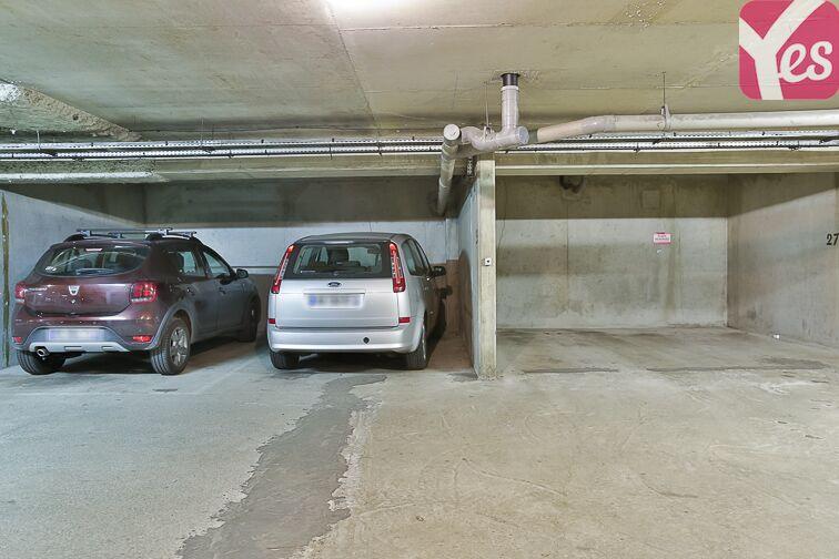 Parking Cour Saint-Emilion garage
