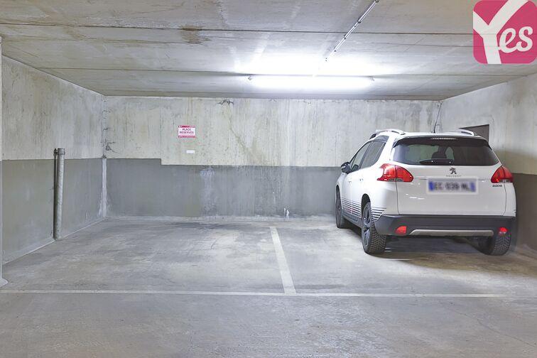 Parking Cour Saint-Emilion Paris