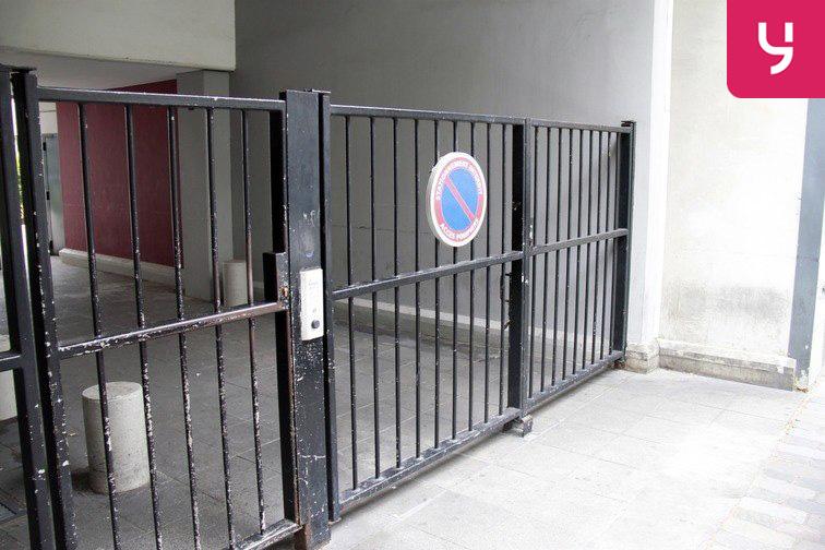 Parking Cour Saint-Emilion avis