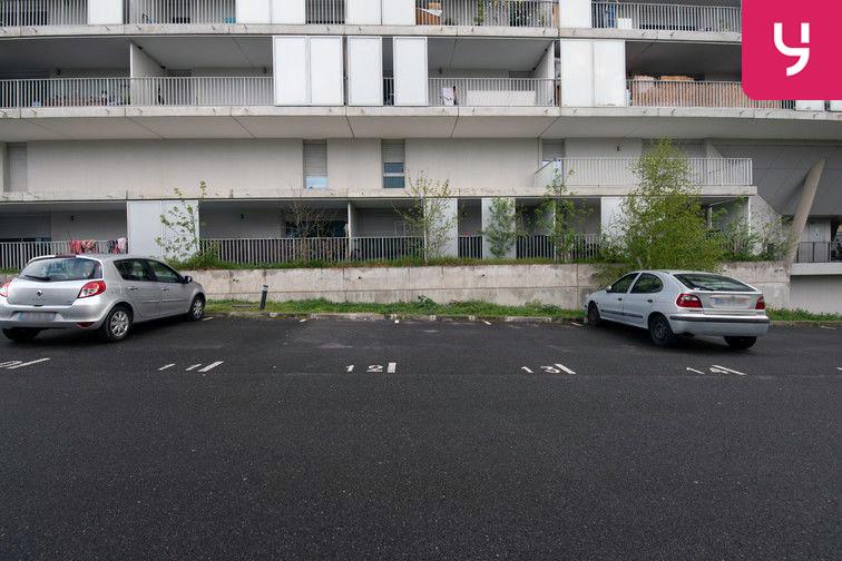 Parking Avenue Grande Bretagne - Toulouse (aérien) 53 avenue Grande Bretagne