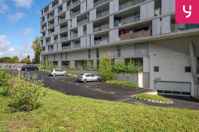 Parking Avenue Grande Bretagne - Toulouse (aérien) gardien
