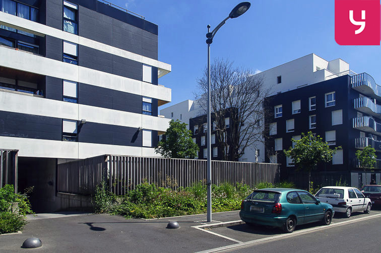 Parking Sablons - Sarcelles (place moto) 24/24 7/7
