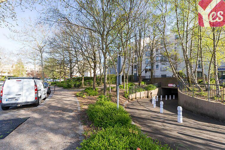 Parking Gymnase Broustal - Trappes sécurisé