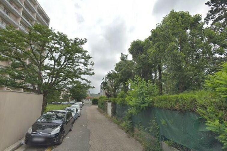 Parking Rue Du Champ Gaillard - Poissy en location