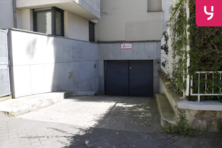 location parking Roquette - Père Lachaise - Paris