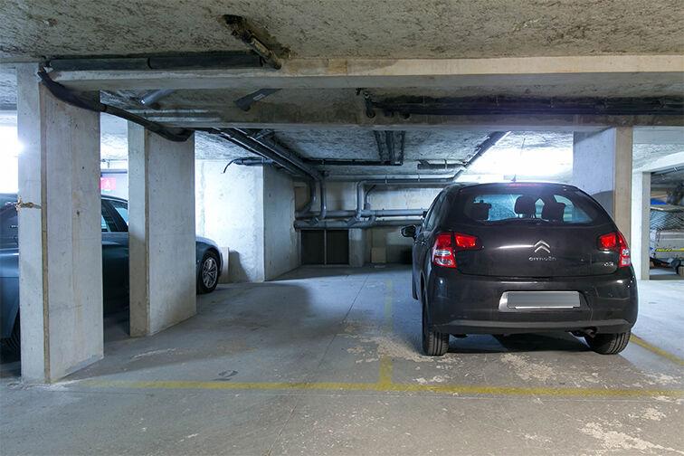 Parking Roquette - Père Lachaise - Paris souterrain