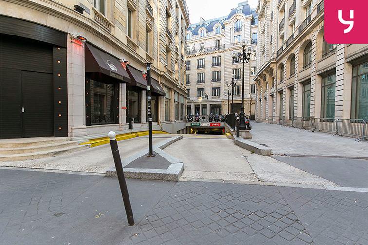 Parking Boulevard des Italiens - Paris 9 (place moto) pas cher