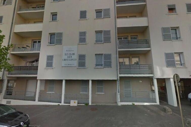 Parking Ecole Pasteur - Gérard Bouché - Montargis 45200