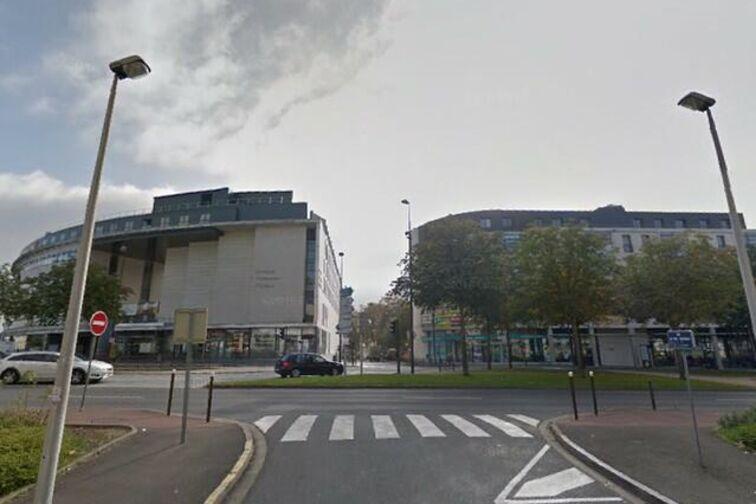 Parking Théâtre d'Orléans - Orléans gardien