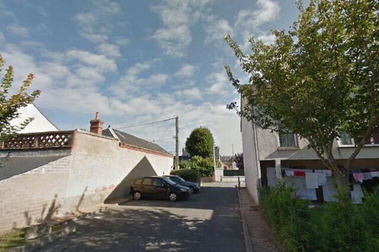 Parking École primaire publique Olympia Cormier - Georges Bernanos - Orléans garage