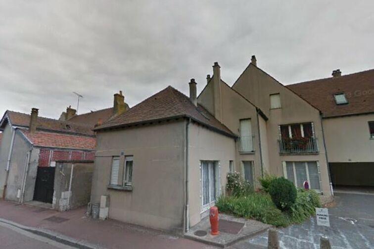 Parking Lycee St Francois de Sales - Lestrade - Gien Gien