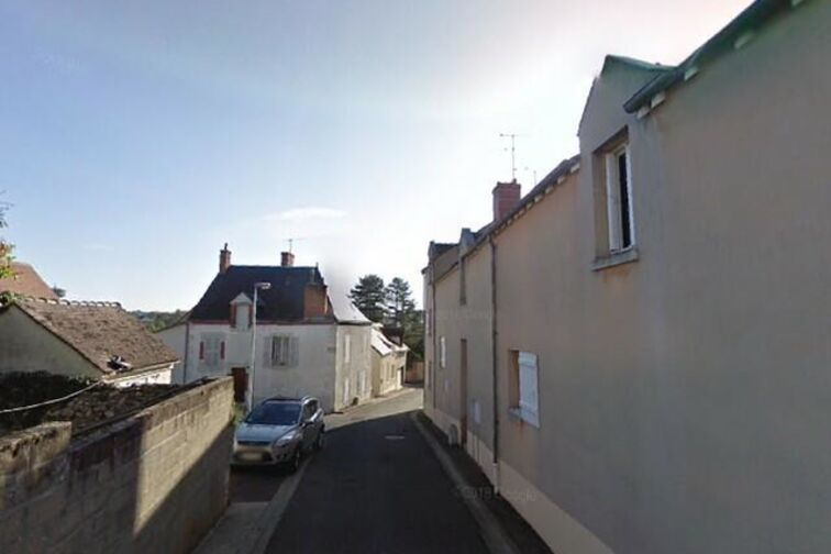 Parking Chateau de Gien - Sainte-Felicule - Gien 45500