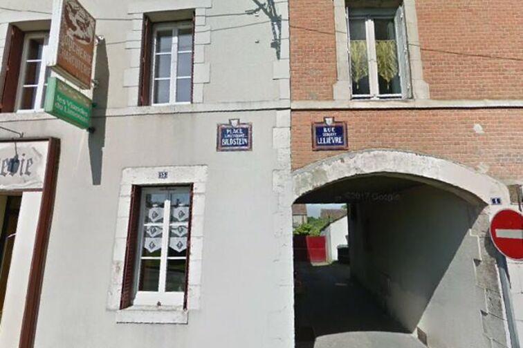 Location parking Salle des Fêtes - Sergent Lelièvre - Coullons