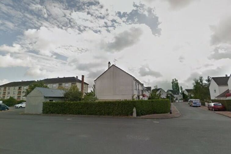 Parking Avenue du Chemin de Fer - 5 résidence de la Villanderie - Sully-sur-Loire sécurisé