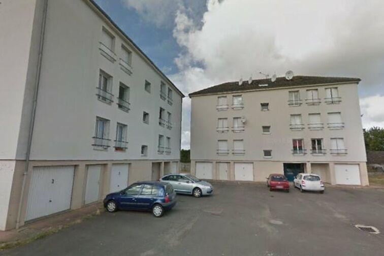 location parking Avenue du Chemin de Fer - 6 résidence de la Villanderie - Sully-sur-Loire