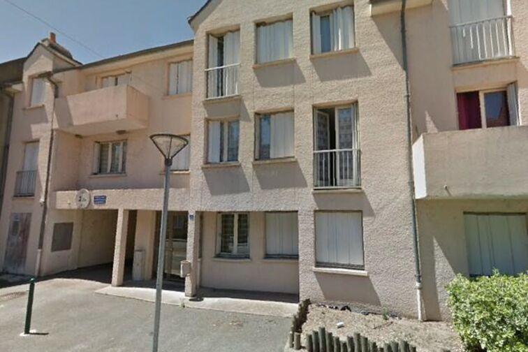 location parking Centre ville - Grande Rue - Saint-Denis-de-l'Hôtel