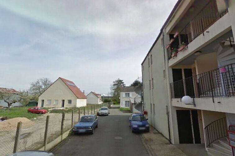 Parking Gare - Germaine Bourdeaud - Cercottes en location