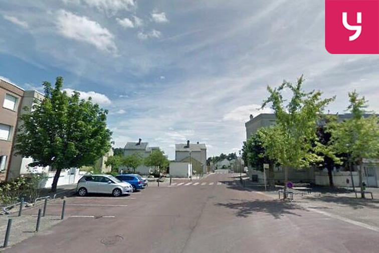 Parking École Primaire Anne Frank - Jean Racine - Saint-Jean-de-Braye pas cher