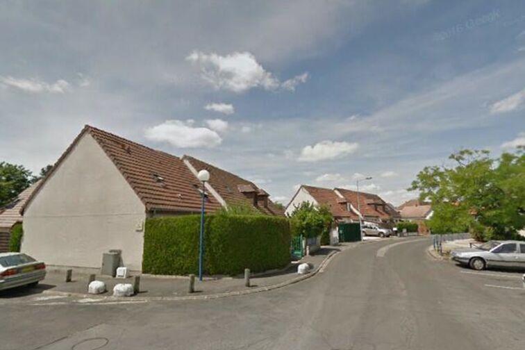 location parking Est - Denis Diderot - Saint-Jean-de-Braye