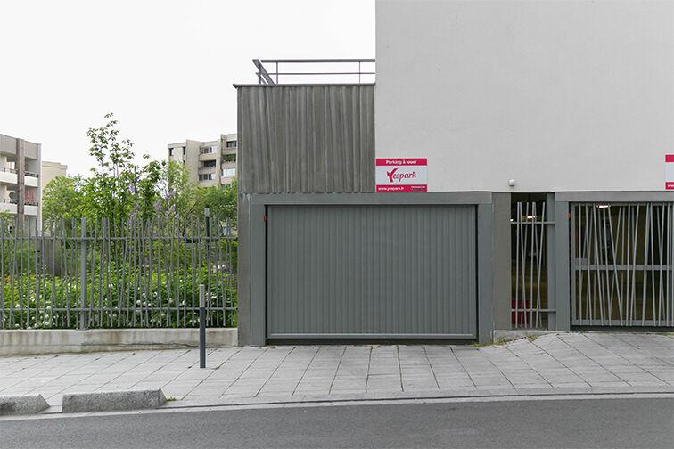 Parking Rue Olympe de Gouges - RER Les Grésillons - Villiers-le-Bel gardien