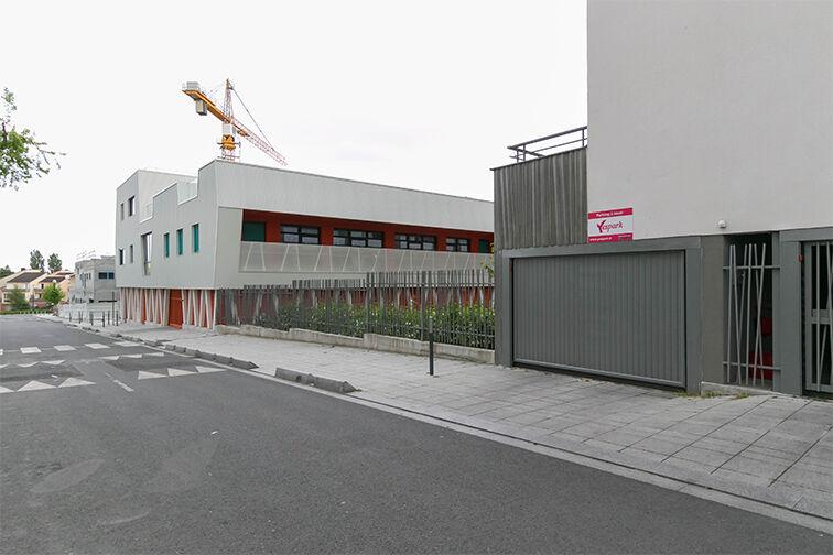 Parking Rue Olympe de Gouges - RER Les Grésillons - Villiers-le-Bel caméra