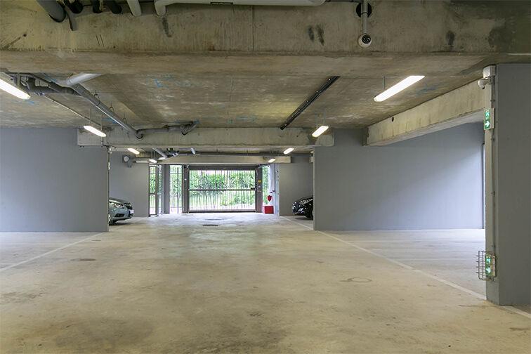 Parking Rue des Caboeufs - Parc Marguerite Yourcenar - Villiers-le-Bel avis