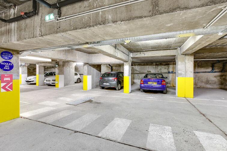 Parking Collège Simone Veil - Rue de la Gendarmerie - Nice location