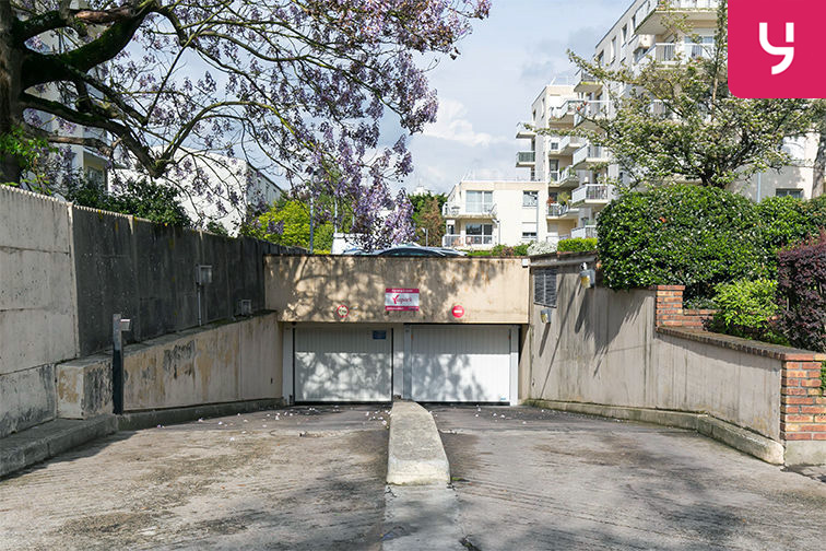 location parking Centre-ville - Rue Pottier - Le Chesnay (place moto)