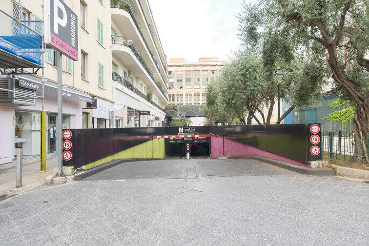 Parking Gare de Nice - Avenue Jean Médecin - Nice à louer