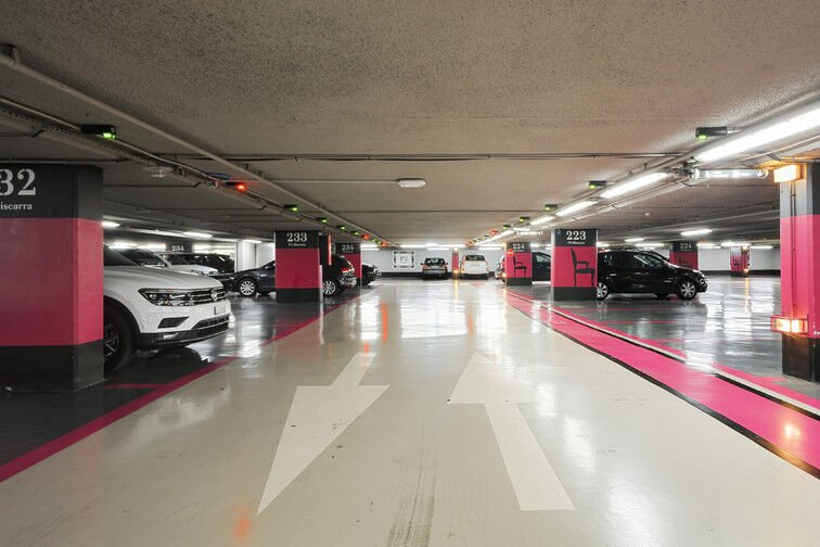 Parking Gare de Nice - Avenue Jean Médecin - Nice en location