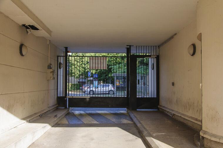 Parking Parc d'Avaucourt - Rue Etienne Lebeau - Athis-Mons 24/24 7/7