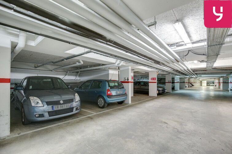 Parking Fresnes - Rue Maurice Tenine (place avec borne électrique) location mensuelle