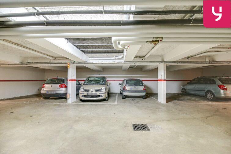 Parking Fresnes - Rue Maurice Tenine (place avec borne électrique) à louer