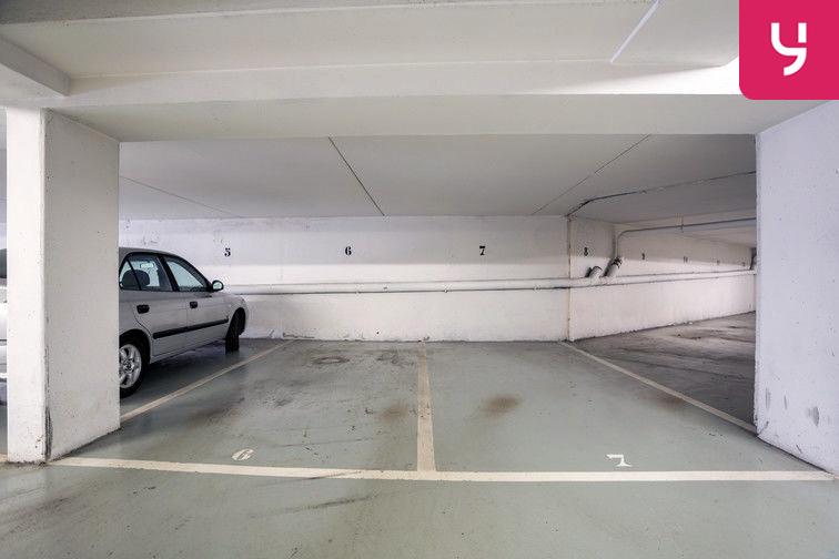 Parking Route de la Roquette - Mougins (places doubles) caméra