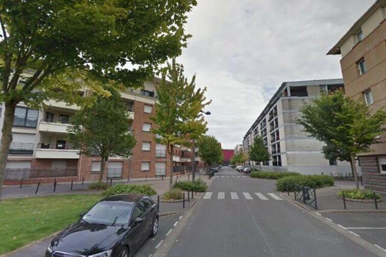 Parking Gymnase des Tertiales - Rue du 10 Septembre 1942 - Valenciennes Valenciennes