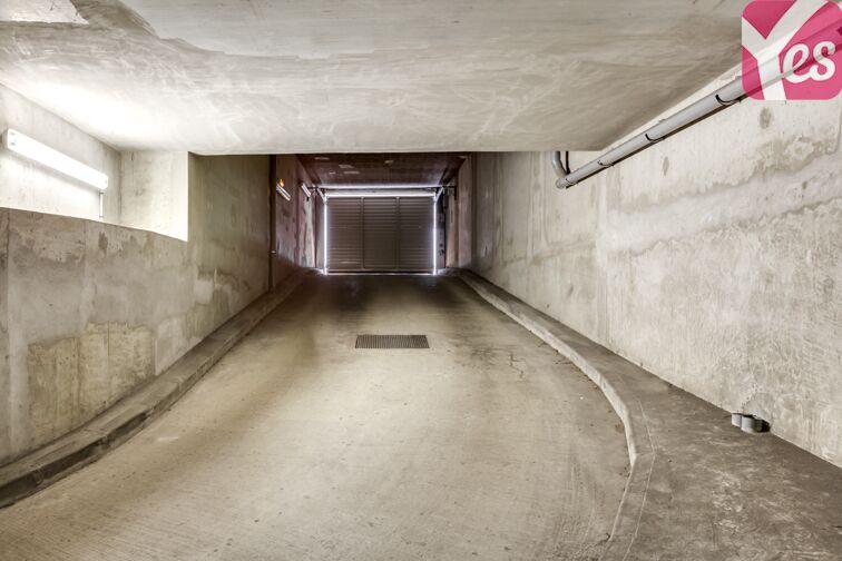 Parking Allée d'Arnaud d'Andilly - Voisins-le-Bretonneux sécurisé